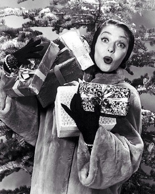 thebrokehousewife-com-loretta-young