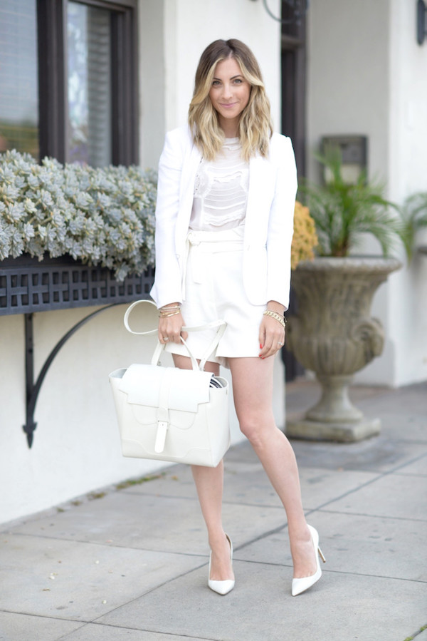 9WhiteBags_Cupcakes and Cashmere