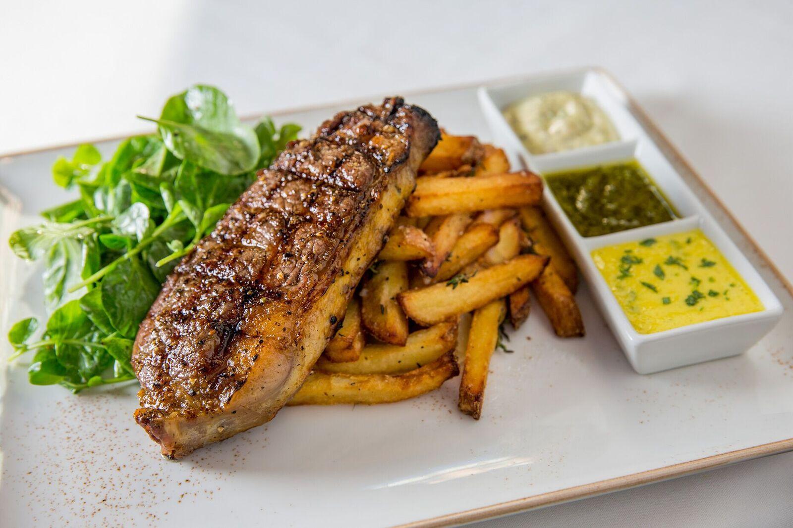 steak_frites_dinner_3954_preview
