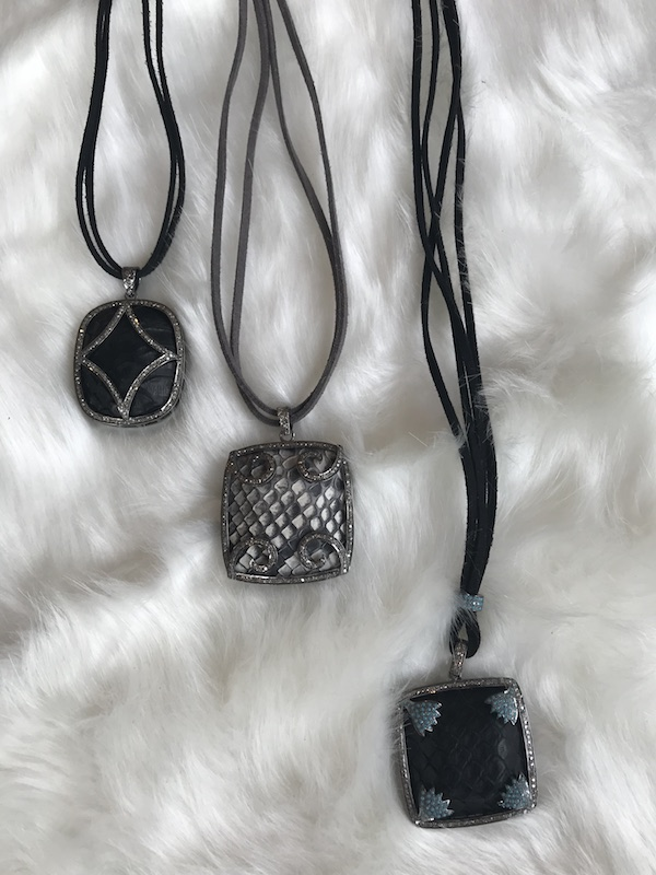 JULZ pendants